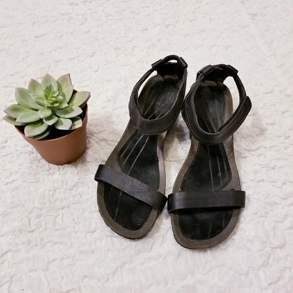 d563c10a9 Teva Ysidro Stitch Wedge Leather Suede sandal sz 7.  M 5a91bb63f9e501d534e45a96